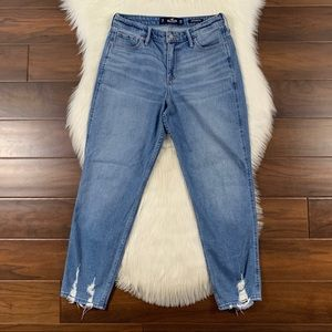 Hollister Size 7 / 28R High Rise Mom Denim Jeans